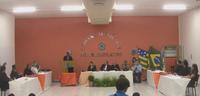 CÂMARA DE PARANAIGUARA HOMENAGEA POLICIAIS EM SESSÃO SOLENE.